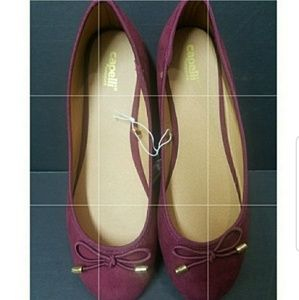 Shoes - Burgundy flat shoes